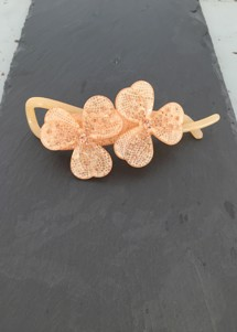 Lucky flower pin Nude Pico