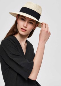Riley hat Natur Selected Femme